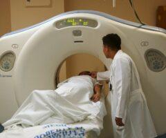 Técnicos Superiores en Radioterapia